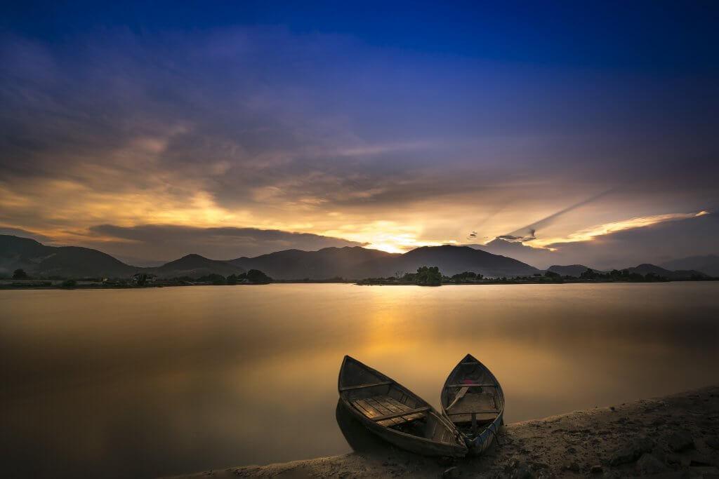 sunrise boat serene