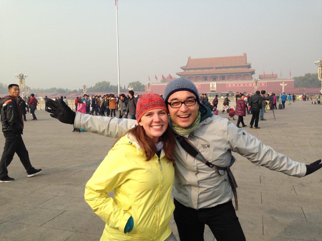 couple happy traveling